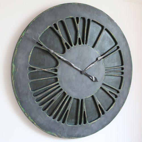Duże, wykonane ręcznie zegary ścienne