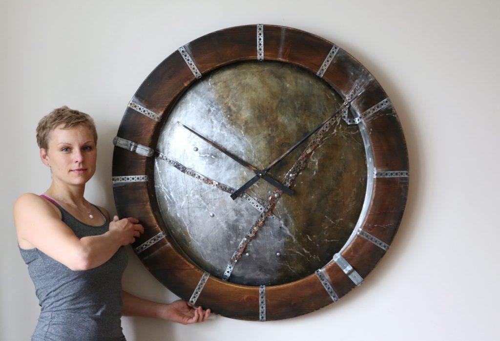 duże zegary industrialne