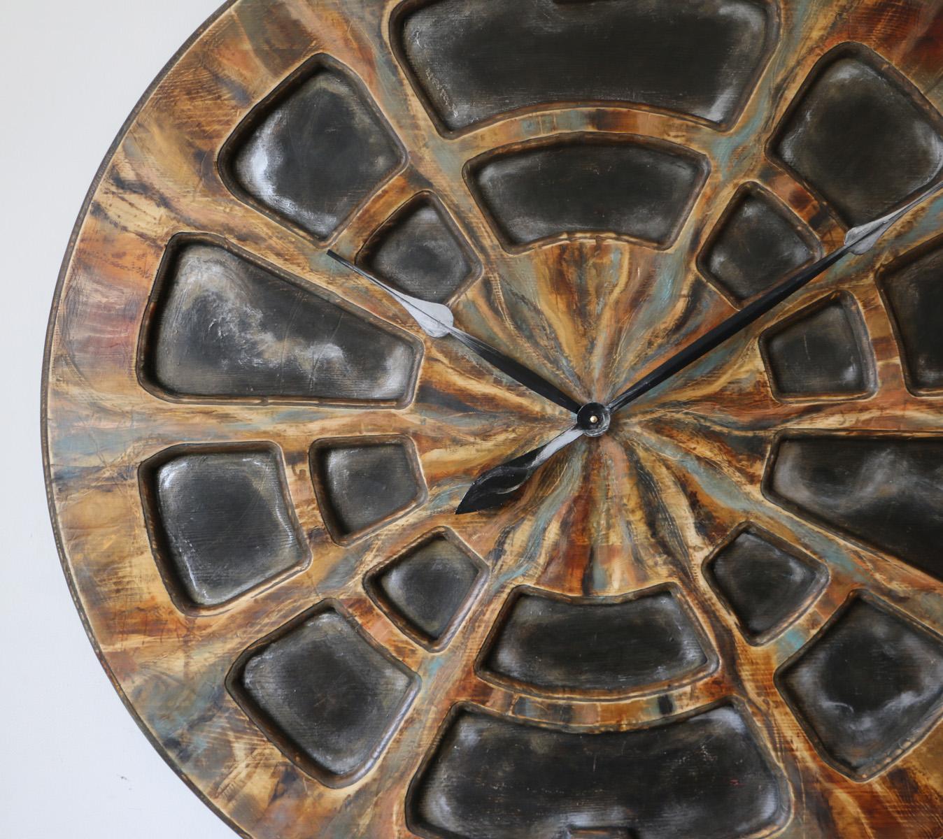 Zegar industrialny na ścianę – Cherokee przybliżenie